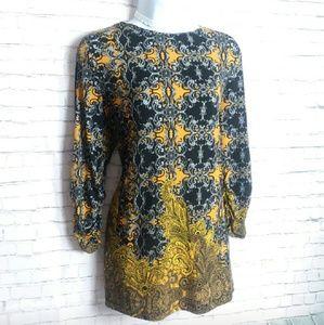SUSAN GRAVER golden paisley tunic top